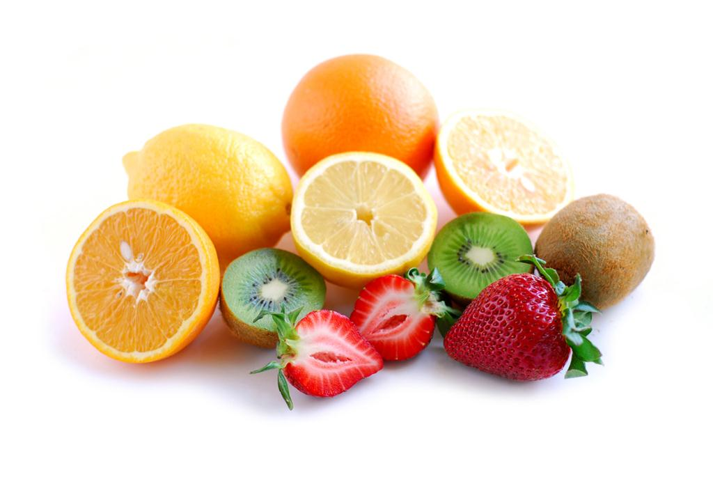 image of fruits high in Vitamin C