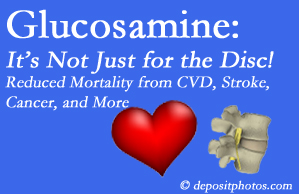 Manahawkin health benefits from glucosamine use include reduced overall early mortality and mortality from cardiovascular issues.