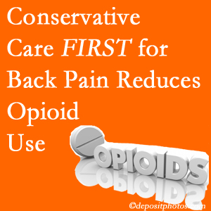 Manahawkin Chiropractic Center provides chiropractic treatment as an option to opioids for back pain relief.