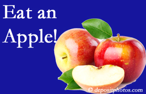 Manahawkin chiropractic care recommends healthy diets full of fruits and veggies, so enjoy an apple the apple season!